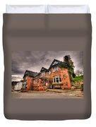 The Royal Oak At Dunsford Duvet Cover