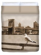The Seagull Of The Brooklyn Bridge Vintage Look Duvet Cover