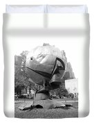 The  W T C Plaza Fountain In Black And White Duvet Cover