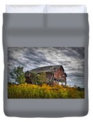 The Weathered Barn Duvet Cover