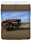 The Wreck Of The Peter Iredale - Oregon Duvet Cover