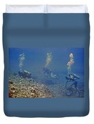 Three Divers In Hawaii Duvet Cover