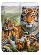 Tiger And Cubs Duvet Cover by Adrian Chesterman