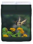 Tiger Swallowtail And Lantana Duvet Cover