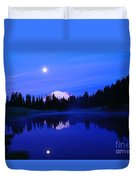 Tipsoe Lake In The Morn  Duvet Cover by Jeff Swan