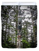Totem Pole Of Southeast Alaska Duvet Cover by Robert Bales
