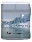 Tourists In Zodiac Boat Paradise Bay Duvet Cover
