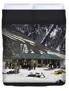 Tourists Surrounded By Snow And Ice Outside One Of The Few Buildings Duvet Cover