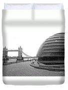 Tower Bridge And London City Hall - Uk Duvet Cover