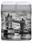 Tower Bridge In London Uk Black And White Duvet Cover