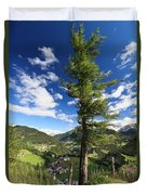 tree over Cordevole valley Duvet Cover