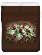 Trillium Cuneatum Duvet Cover
