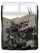 U.s. Army Soldiers Set Up A Tactical Duvet Cover