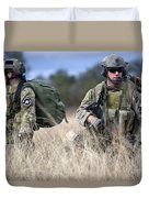 U.s. Soldiers Await The Arrival Duvet Cover