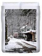Valley Green In Winter Along Forbidden Drive Duvet Cover