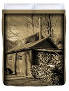 Vermont Maple Sugar Shack Circa 1954 Duvet Cover by Edward Fielding