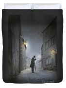 Victorian Man With Top Hat On A Cobbled Street At Night Duvet Cover