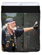 Vietnam Veteran Pays Respect To Fallen Soldiers At The Vietnam War Memorial  Duvet Cover