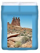 View Of Three Gossips In Arches Np-ut  Duvet Cover