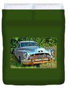 Vintage American Car In Yard Duvet Cover