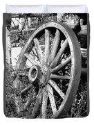 Wagon Wheel - No Where To Go - Bw 01 Duvet Cover
