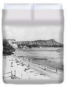 Waikiki Beach And Diamond Head Duvet Cover