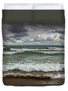 Waves Crashing On The Shore In Sturgeon Bay At Wilderness State Park Duvet Cover