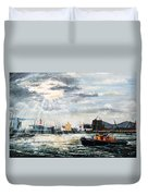 West India Dock Entrance And The Gun Public House Duvet Cover