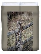 Wild Berries On Fence Duvet Cover