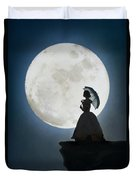 Woman In Historical Clothing On A Cliff With Full Moon Duvet Cover