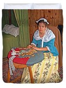 Woman Making Lace In Louisbourg Living History Museum-1744-ns Duvet Cover
