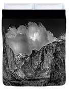 Yosemite Valley From Tunnel Duvet Cover