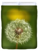 Close View Of A Dandelion Gone To Seed Duvet Cover