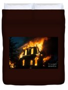 House On Fire Duvet Cover by Photo Researchers, Inc.