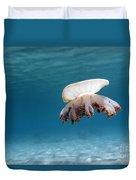 Upside Down Jellyfish In Caribbean Sea Duvet Cover