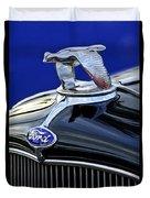 1932 Ford V8 Hood Ornament Duvet Cover