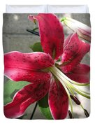 Orienpet Lily Named Scarlet Delight Duvet Cover