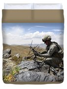 A U.s. Soldier Sets Up A Portable Duvet Cover