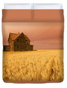 Abandoned Farm House, Wind-blown Durum Duvet Cover