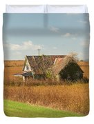 Abandoned Farmhouse In Field 2 Duvet Cover