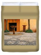 Alhambra Courtyard And Fountain In Spain Duvet Cover