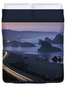 An Evening View Of Highway 101 South Duvet Cover
