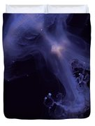 An Iridescent Blue Southern Tailed Duvet Cover