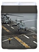 An Mh-60s Sea Hawk Lands Aboard Duvet Cover