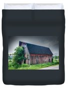 Angelica Barn In Hdr Duvet Cover