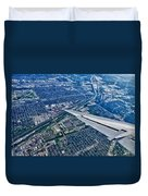 Approach Into Chicago Duvet Cover