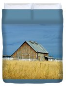 Barn With Stormy Skies Duvet Cover