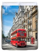 Bus On Piccadilly Duvet Cover
