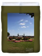 Cathedrale And Cloister Garden Duvet Cover
