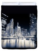 Chicago At Night At Michigan Avenue Bridge Duvet Cover